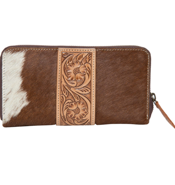 Aw21 Tan White Cowhide Tooling Zipper Wallet